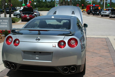 ASSORTED GTR-R35 PHOTOS